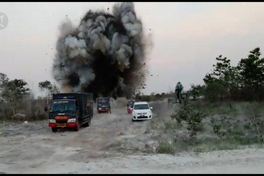 Polda Kalsel ganti rugi kerusakan di empat desa yang terdampak ledakan