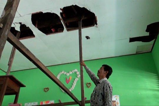 Disdik Kota Madiun data sekolah rusak