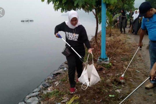 Mengembalikan budaya malu cegah danau Singkarak dari pencemaran