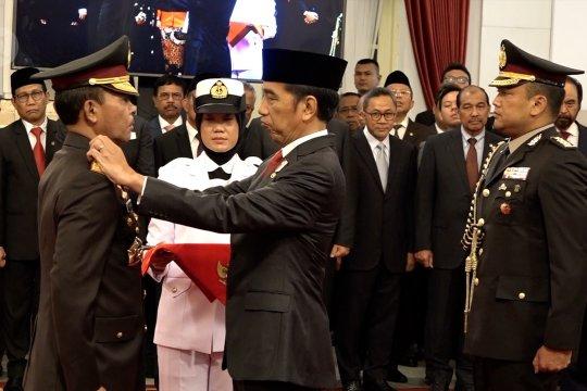 Presiden lantik Kapolri Idham Aziz