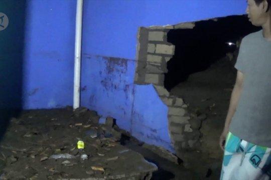 Belasan rumah di Pangkalpinang rusak diterpa puting beliung