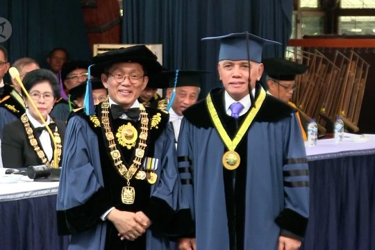 Hatta Rajasa terima doktor kehormatan dari ITB