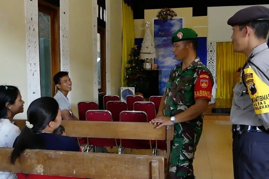 Kiat TNI - Polri jaga kerukunan umat beragama