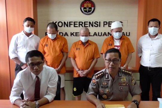 Mantan Kadisbud Kepri tersangka korupsi proyek Monumen Bahasa