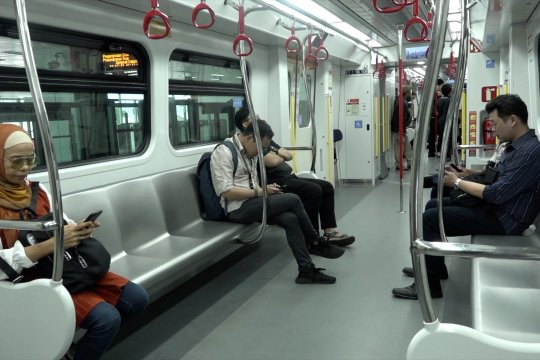 Mulai 1 Desember LRT dikenakan tarif Rp5.000