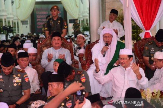 Wamenhan hadiri peringatan Maulid Nabi bersama Habib Luthfi