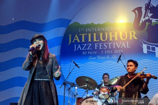 Suara melengking Ita Purnamasari hentak Jatiluhur Jazz Festival