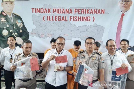 Polda Jatim gagalkan penyelundupan 10.278 benih lobster