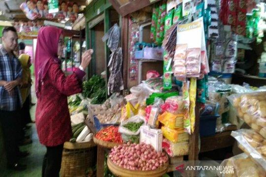 Selama PPKM, jam operasi pasar rakyat di kabupaten ini tidak dibatasi