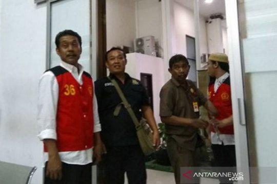 Kurir sabu-sabu Nunung didakwa dua pasal alternatif