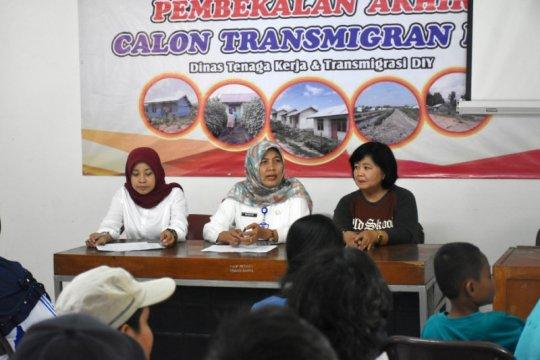 Sleman berangkatkan 37 transmigran ke Bulungan Kalimantan Utara