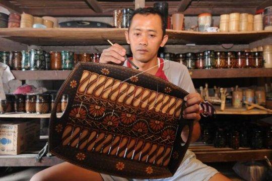Kerajinan bambu motif batik Page 2 Small