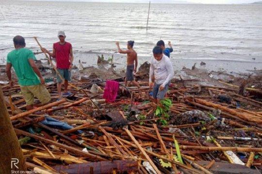 Topan Phanfone kacaukan momen Natal di Filipina