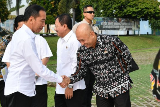 Presiden kunjungi Banten resmikan pabrik dan infrastruktur