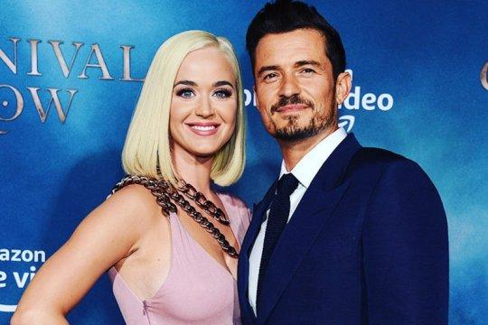 Katy Perry dan Orlando Bloom batal nikah bulan ini