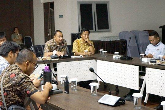 Bappeko Surabaya tindak lanjuti usulan perbaikan GBT