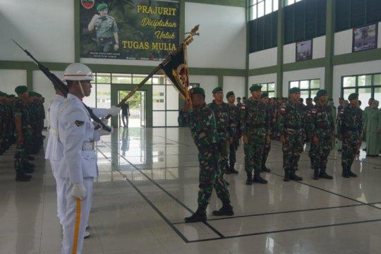 TNI AD terjunkan sepuluh personel pengamanan pulau terluar di Natuna