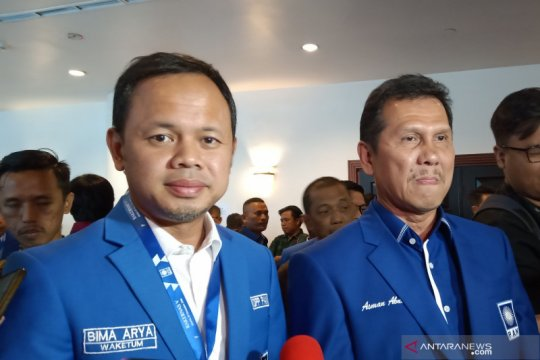 Asman Abnur deklarasi maju calon Ketua Umum PAN