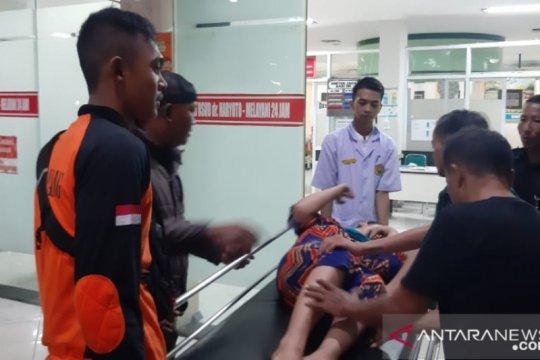 Beberapa warga terluka akibat angin kencang di Lumajang