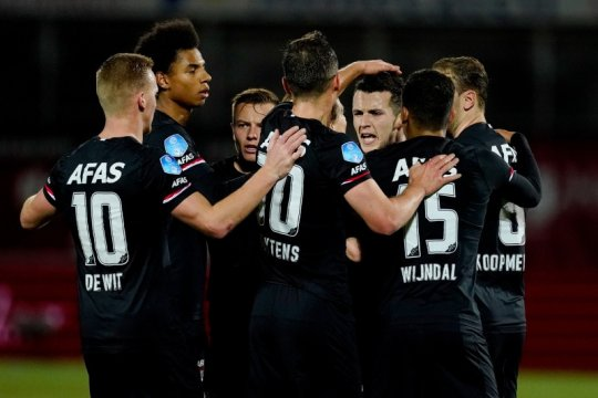 Hasil dan klasemen Liga Belanda: AZ pangkas jarak keunggulan Ajax