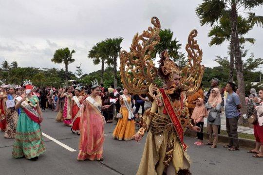 Karnaval Batam diikuti 6 negara