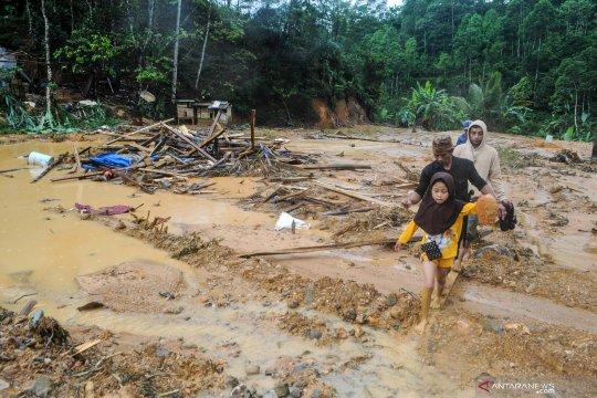 Banjir bandang di Lebak