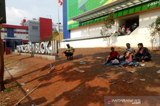 Dilarang jualan di trotoar, PKL Senen: relokasi harus di Pasar Senen