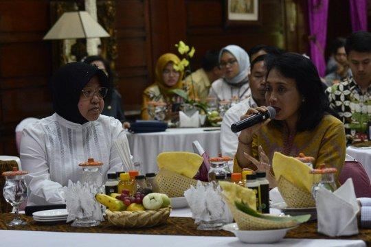 Apresiasi Menteri PPPA dan pemberdayaan perempuan di Surabaya