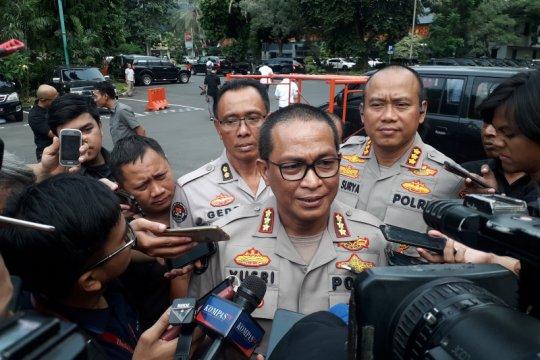 Dua anggota TNI korban ledakan granat asap masih dirawat