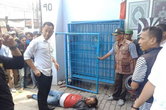 Pelaku curanmor di Bekasi tewas dihakimi warga