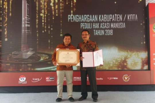 Kediri raih penghargaan Kota Peduli HAM keempat kalinya