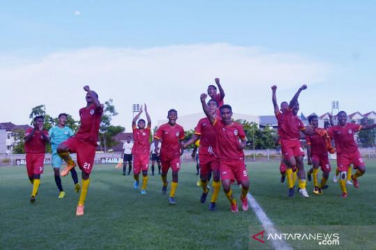 Hasil lelang baju legenda timnas digunakan untuk biayai tim NTT di PON