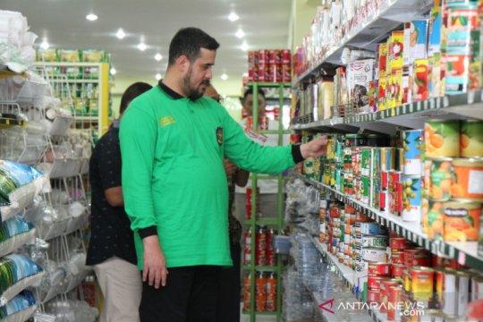 Wali Kota Probolinggo temukan bahan makanan kedaluwarsa saat inspeksi