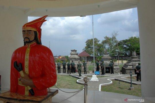 Ziarah makam Sultan Hasanuddin