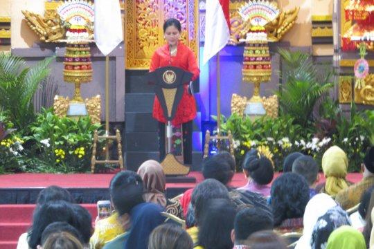 Iriana Jokowi buka bazaar amal WIC Jakarta ke-52