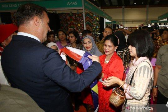 Iriana Jokowi berharap anggota WIC berjuang jadi pahlawan masa kini