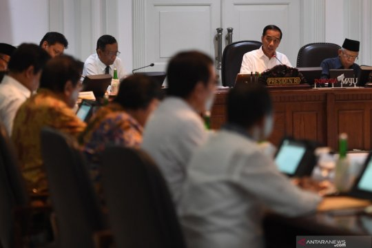 Rapat terbatas penyaluran dana desa 2020