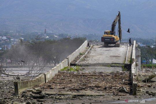 Rekonstruksi Jembatan Palu IV