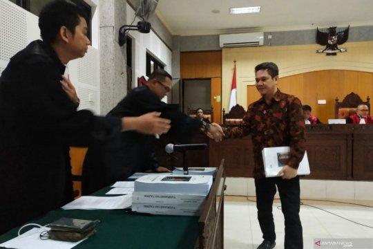 KPK tuntut mantan Kakanim Mataram tujuh tahun penjara