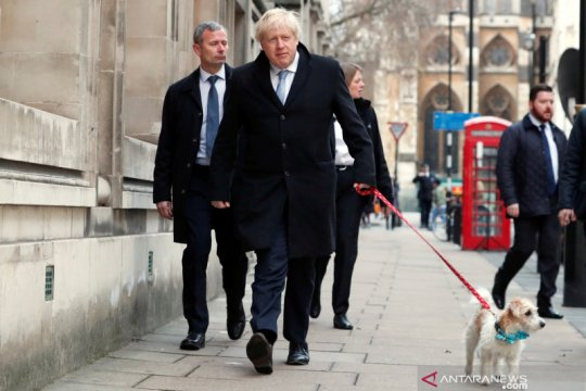 PM Inggris Johnson minta Trump mengganti perjanjian nuklir Iran