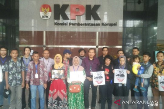KPK terima keluarga korban meninggal aksi unjuk rasa di Kendari