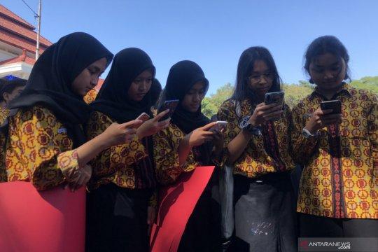 Kota Malang pecahkan rekor MURI membaca melalui gawai terbanyak