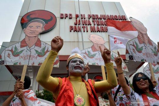 Gibran kembalikan formulir pendaftaran Wali Kota Surakarta