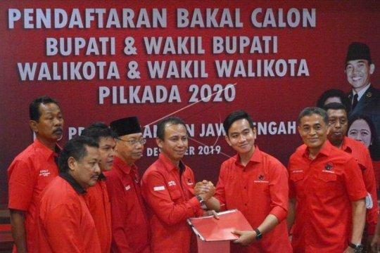 Gibran resmi terdaftar sebagai bakal calon Wali Kota Surakarta Page 3 Small