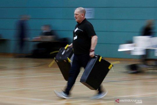 Proses penghitungan suara hasil Pemilu Inggris