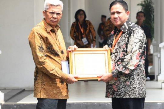 Terjemahan Al Quran bahasa Palembang dan Sunda diluncurkan