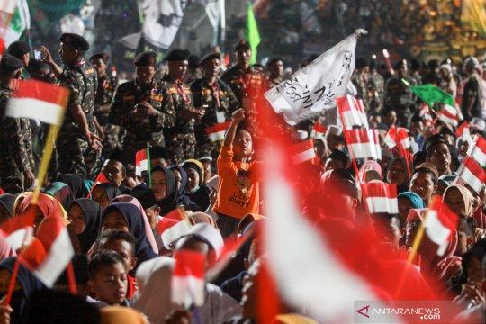 Banser bersholawat bersama TNI dan Polri