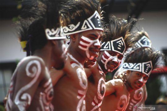 Meriahnya festival budaya Indonesia satu