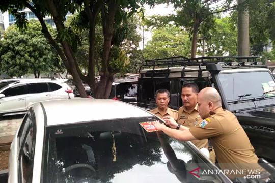 Kendaraan PNS Wali Kota Jakarta Barat target razia pajak