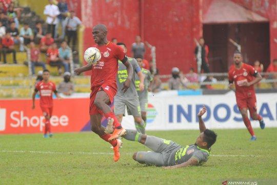 Semen Padang ditahan imbang Borneo FC 1-1 di laga kandang terakhir